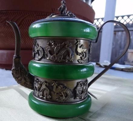 Teapot Jade, green, 3 X animals